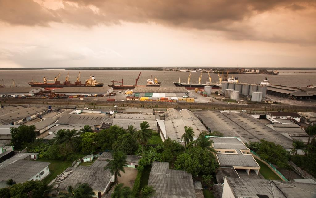 The city of Douala, Cameroon it is the commercial capital of the country. Consequently, it handles most of the country's major exports, such as oil, cocoa and coffee, timber, metals and fruits. Its population in 2008 was recorded at close to 3,000,000.
